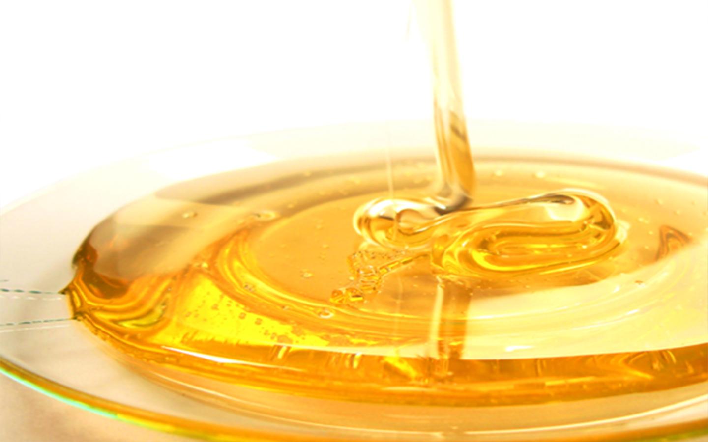 7 curiozități despre mierea de albine
